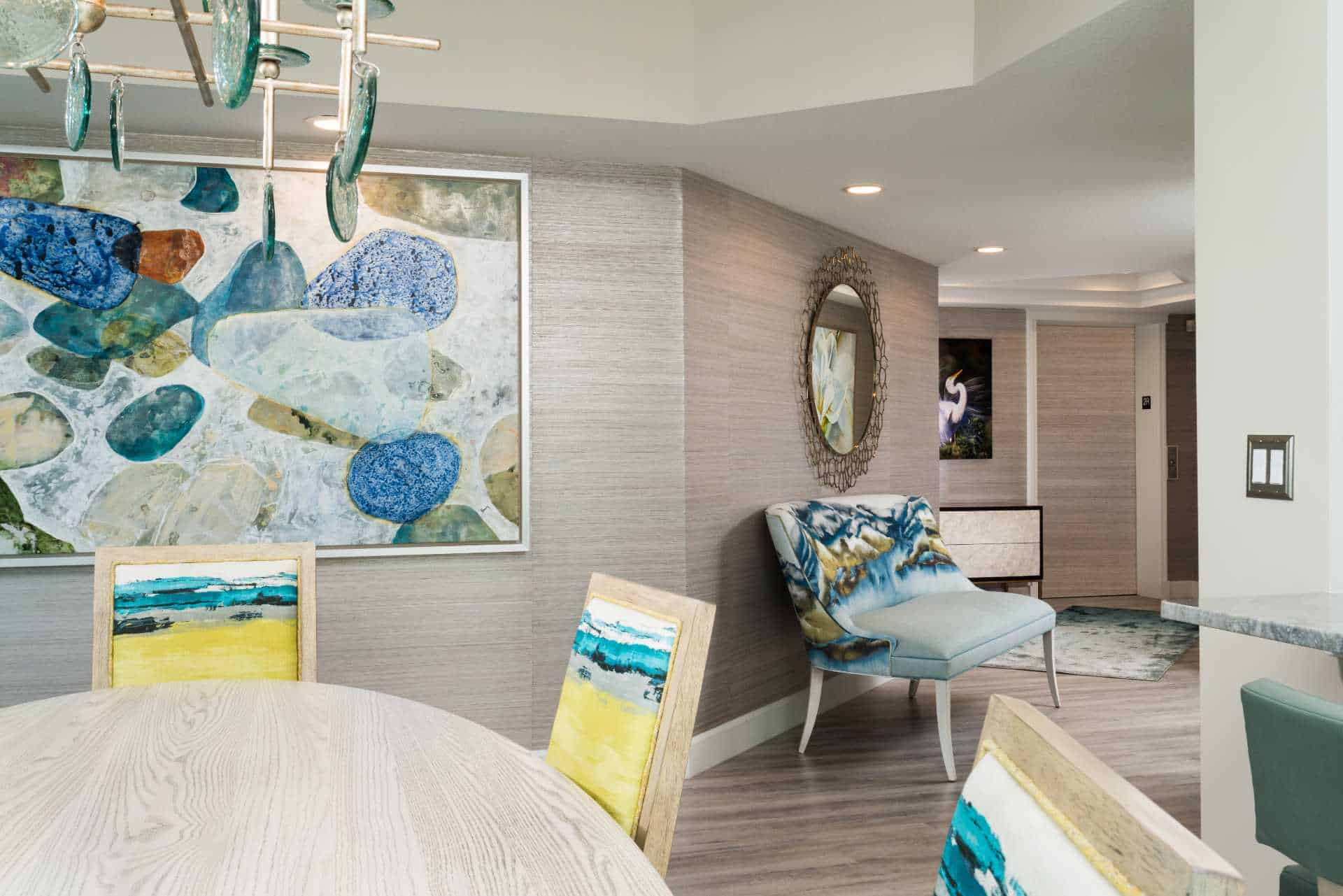 An open floorplan entryway with various oceanic decorations